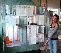 die neue freiheit im bad jetzt auch als real size poster haustechnikdialog. Black Bedroom Furniture Sets. Home Design Ideas