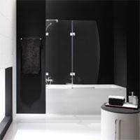 pflegeleichter spritzschutz f r das duschen in der. Black Bedroom Furniture Sets. Home Design Ideas