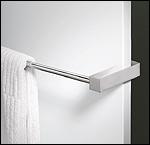 neuer flachheizk rper frei von der wand zeitloses design. Black Bedroom Furniture Sets. Home Design Ideas