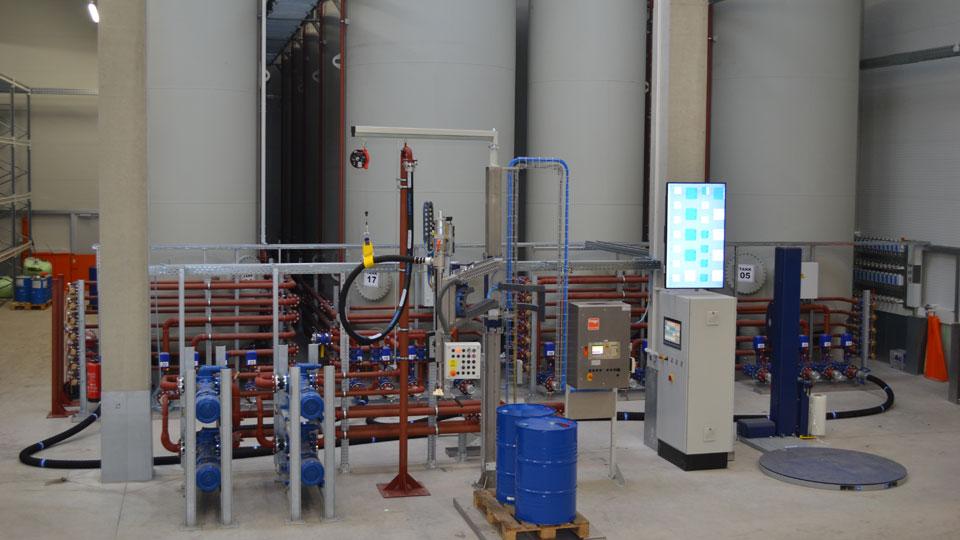 Dehoust Behälter für Produktionsrohstoffe